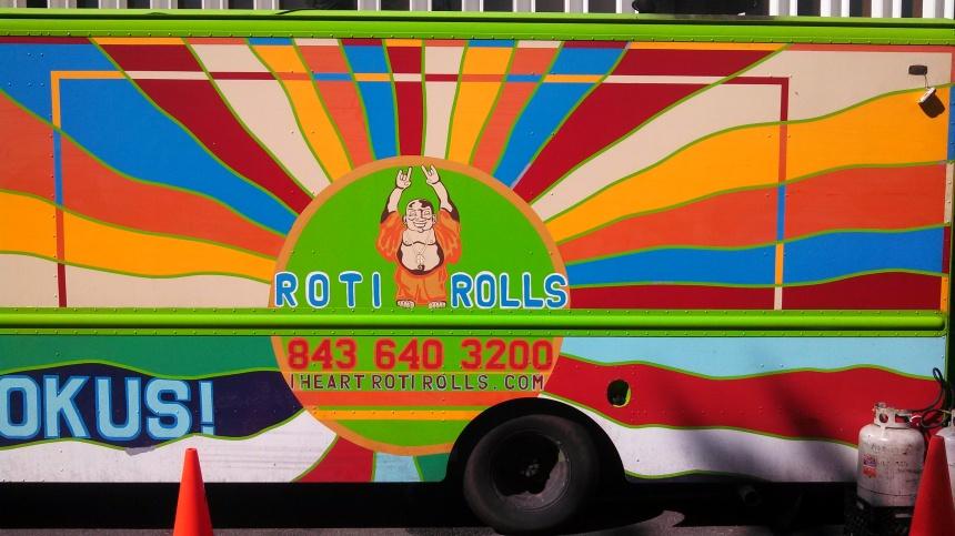 roti rolls big logo